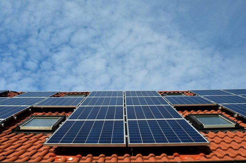 http://secpower.com.br/wp-content/uploads/2018/11/energia_solar.jpg