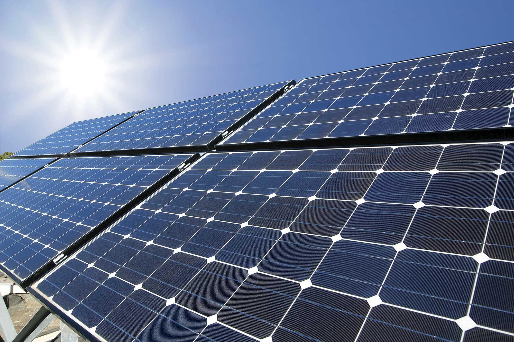 Cientistas criam dispositivo para gerar energia solar e resfriar ambiente